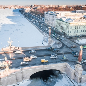 库图佐夫堤岸 (Kutuzov Embankment)