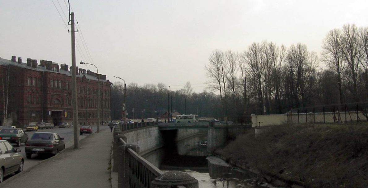 沃尔科夫卡河滨河路 (The Volkovka River Embankment)